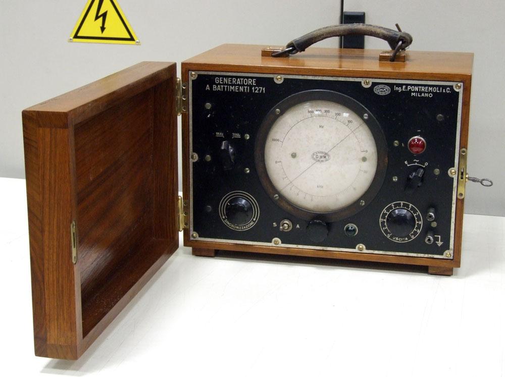 Generatore di frequenza O.H.M. mod. 1271 - frontale