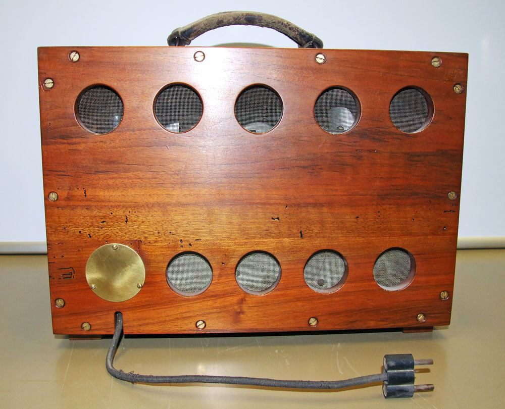 Generatore di frequenza O.H.M. mod. 1271 - retro