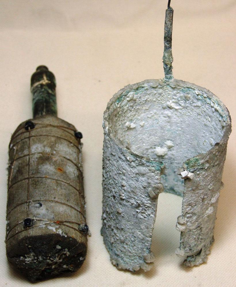 Le pile Leclanchè trovate in piazza Duomo a Milano