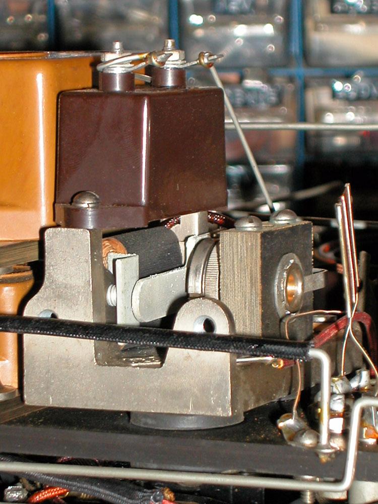 Ponte di misura R.C.L. General Radio mod. 650-A - oscillatore campione a cicalina