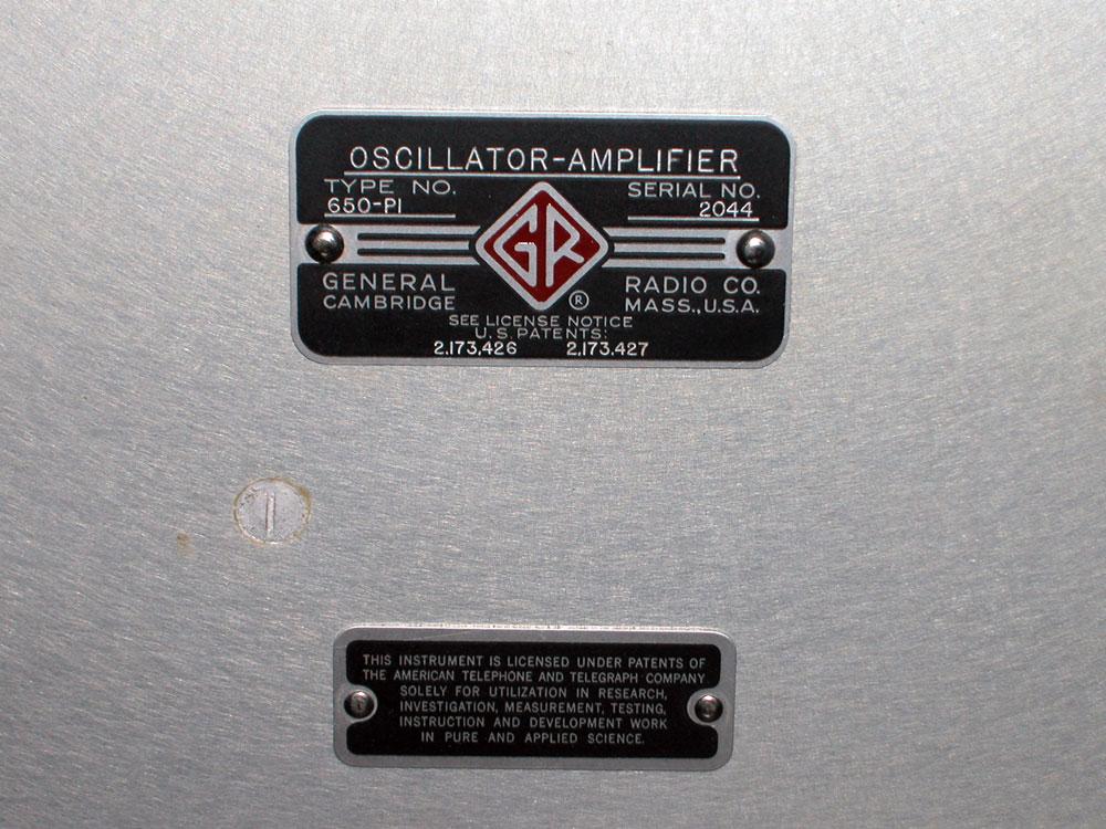 Ponte di misura R.C.L. General Radio mod. 650-A - targhetta di identificazione