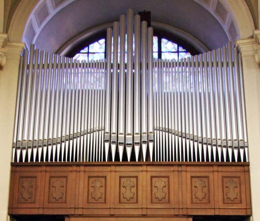 Canne dell'organo Espressivo-Positivo riverniciate.