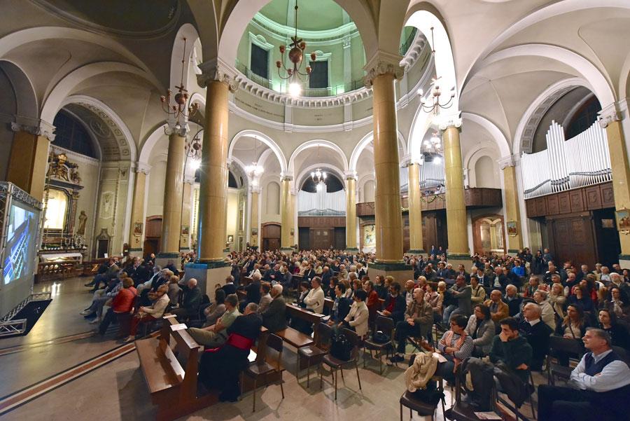 Il pubblico presente al concerto di inaugurazione (foto Francesco Viganò)