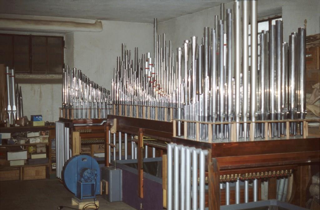 L'organo della Parrocchia di Belledo (LC) ultimato (1982)