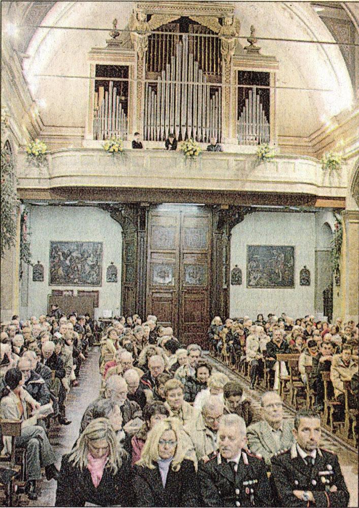 La chiesa gremita per l'inaugurazione dell'organo