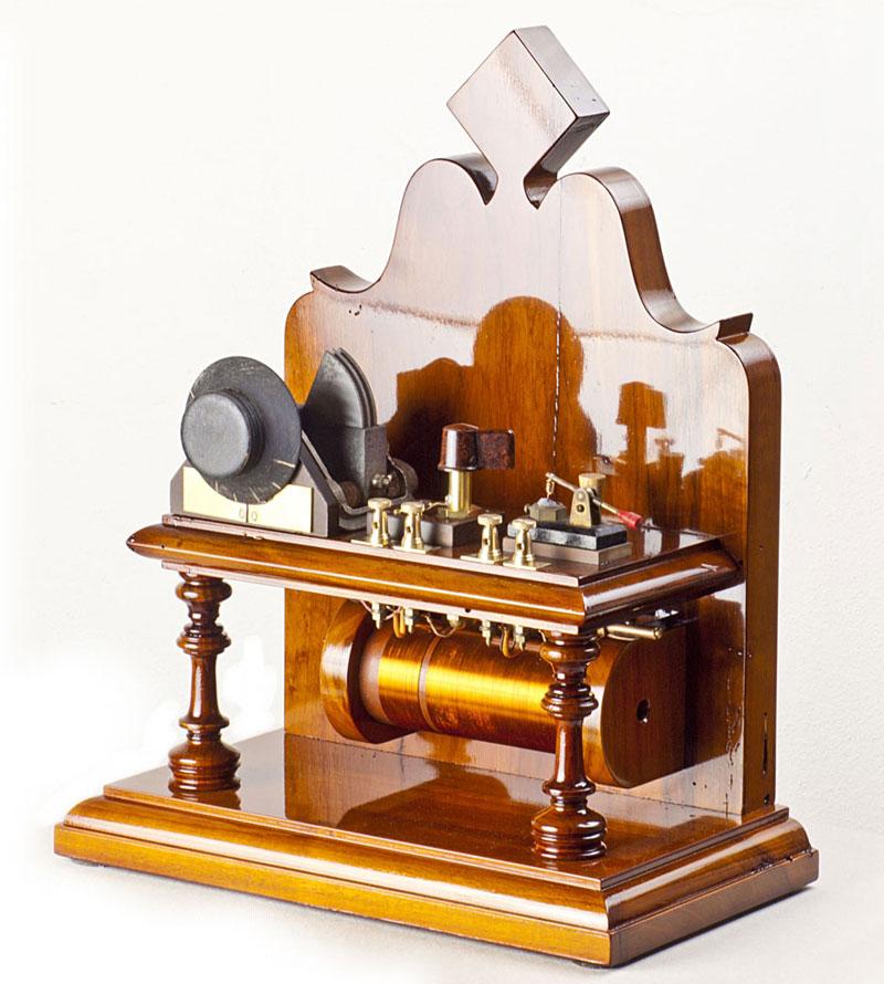 Serafino Corno, radio a galena modello Altare