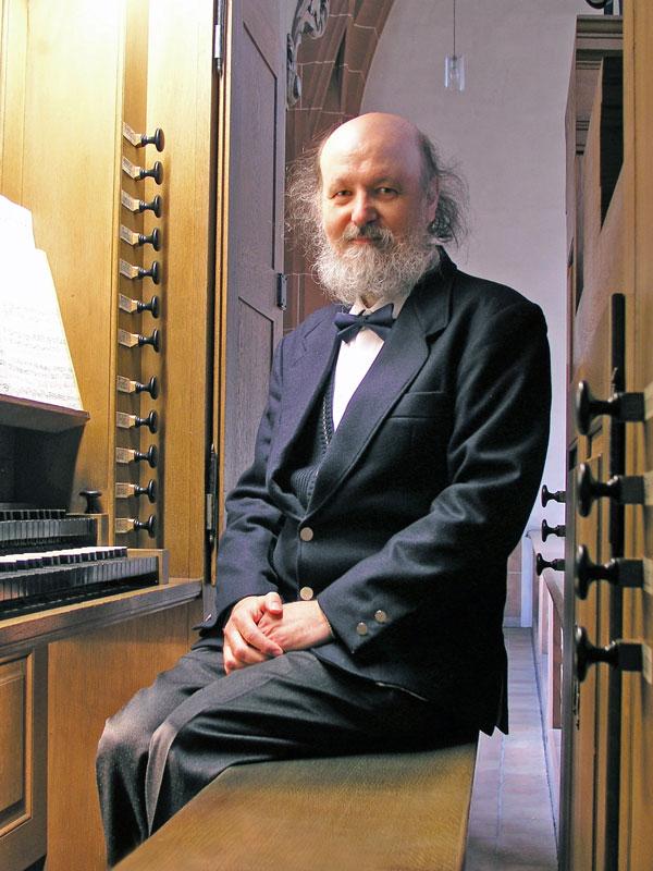 Il M° Roberto Rampini alla consolle dell'organo Silbermann della Leonhardskirche di Basel (CH) in occasione del Concerto solista del 9 Ottobre 2015 per la Rassegna 'Orgelspiel zum Feierabend'