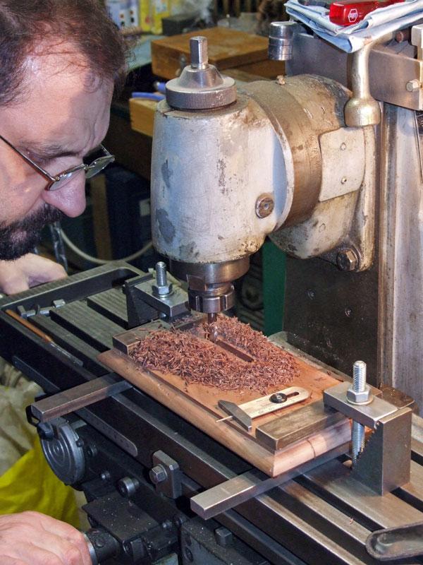 lavorazione della mensola alla fresatrice