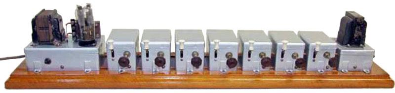 Il primo organo elettronico italiano funzionante con lampade a gas inerte. Brevetto N° 378.223 di Enrico Aletti (1939)